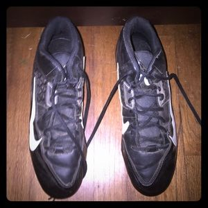 Nike football cleats worn a couple of times only!